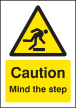 CAUTION MIND THE STEP - A5 SAV